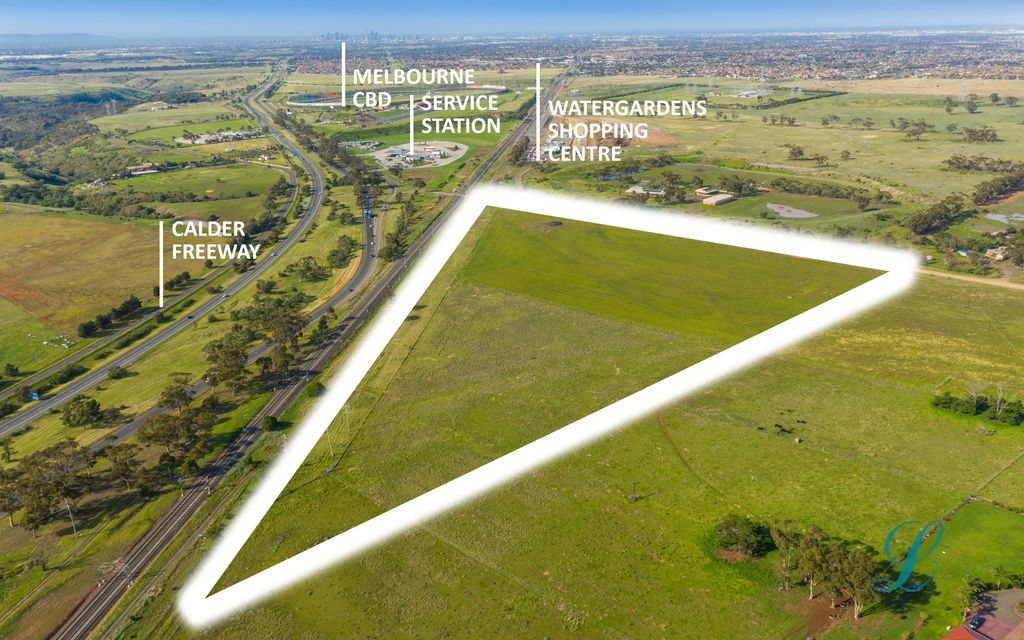 STRATEGICALLY POSITIONED, CITY FRINGES, BROAD ACREAGE