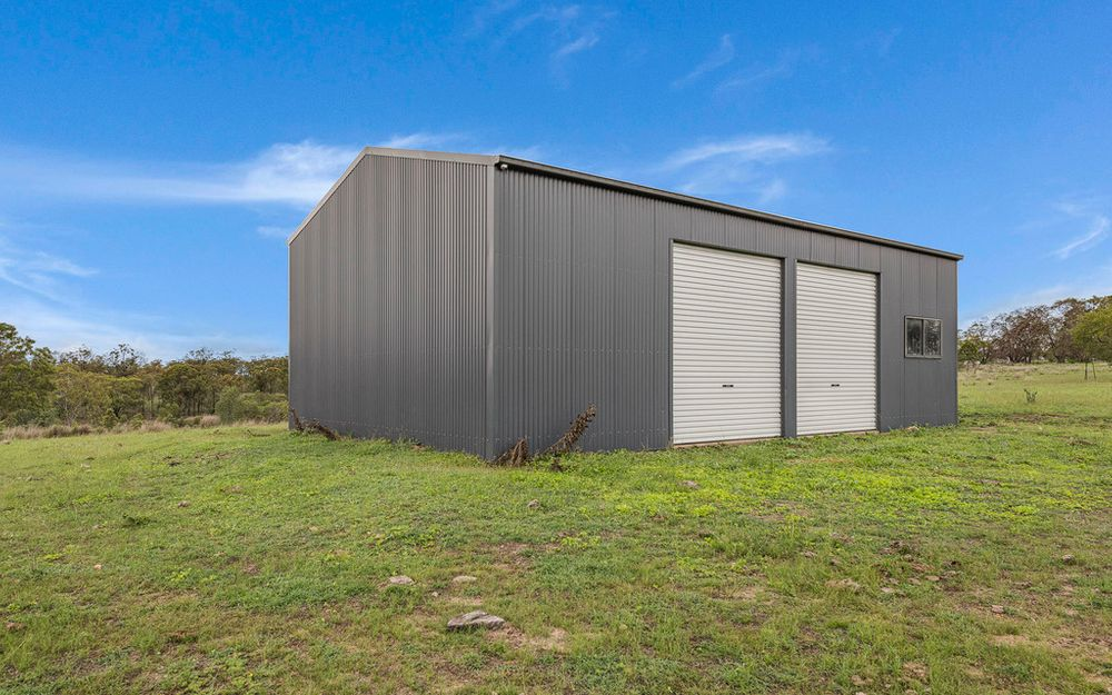 Grazing Block w/ High Clearance Shed & Yards