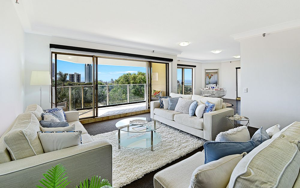 SIMPLY THE BEST IN RESIDENTIAL LIVING