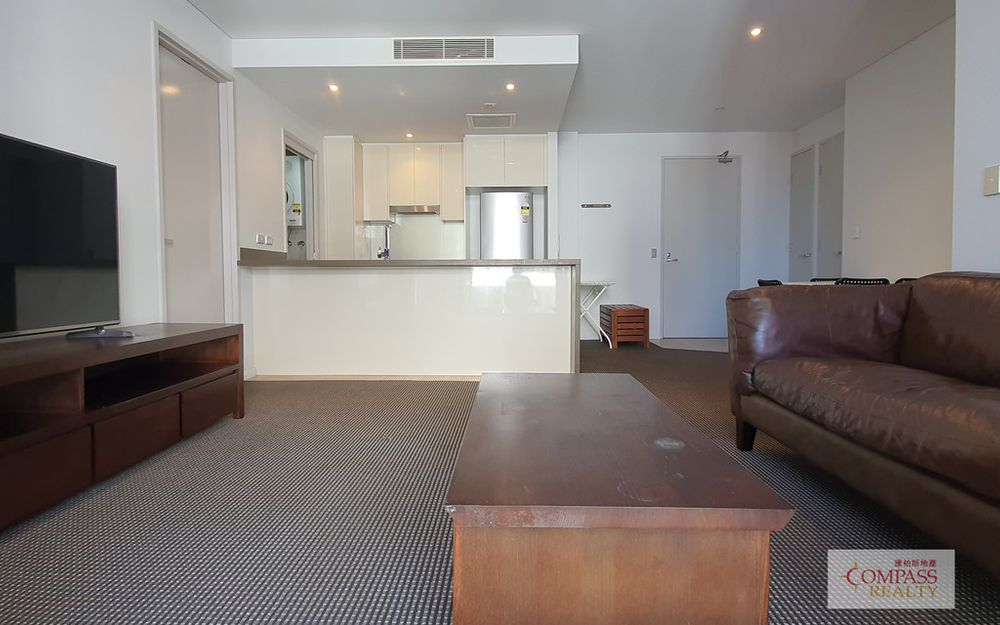Compass Realty – Stylish 2 Bedroom in Zetland
