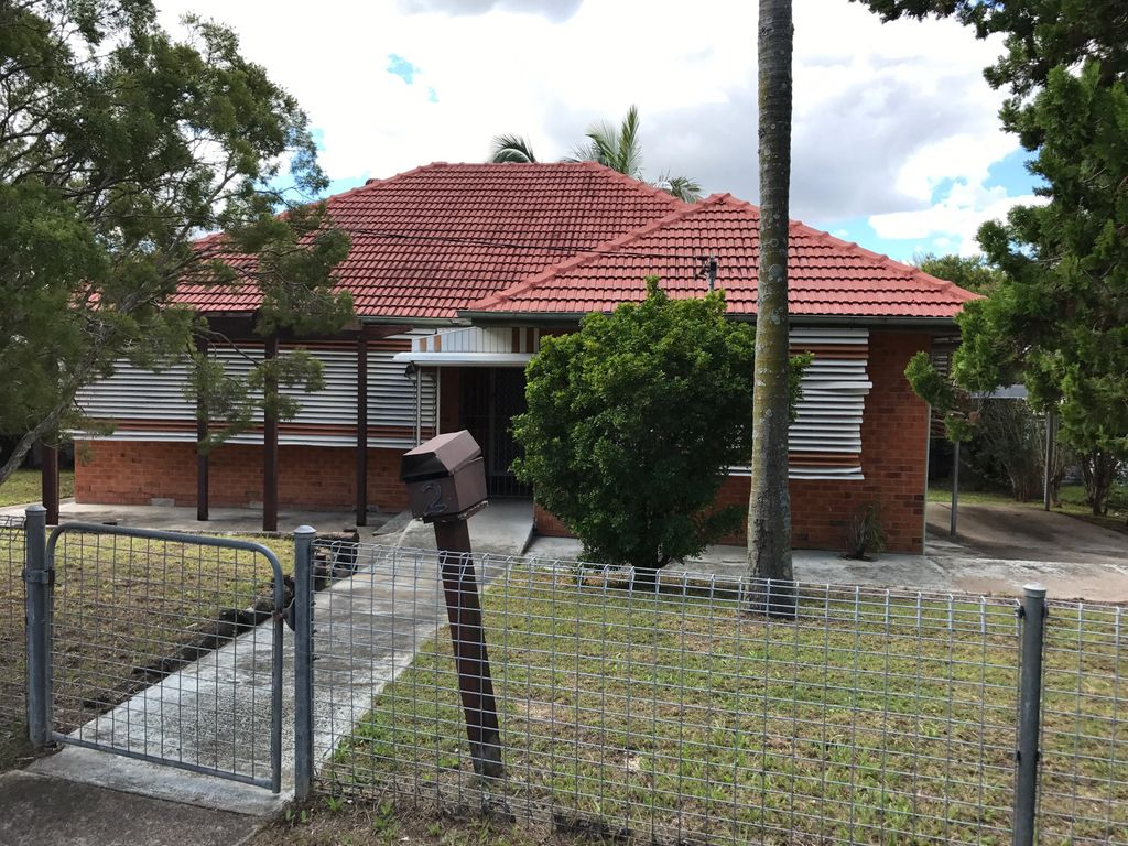 For Rent 3 bedroom home near Inala Plaza
