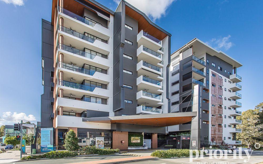 Downsize to a Prestigious Lifestyle Apartment
