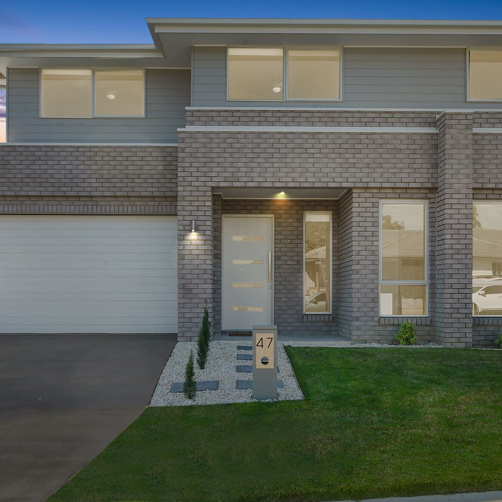 Quality Clarendon home in the sought after Kinross Estate