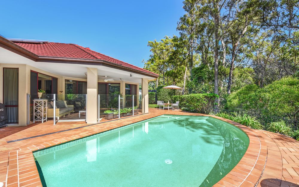 UNDER CONTRACT – BREATHE THE GENTLE BREEZE AMID THE TREES AT THE DALES