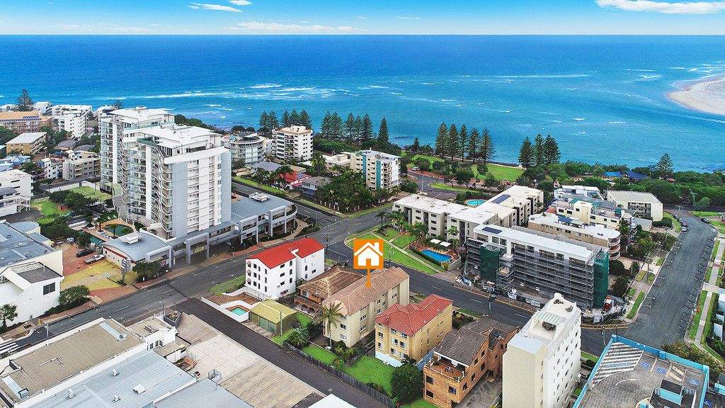 Under Contract: Central Caloundra- 100m to the Beach!