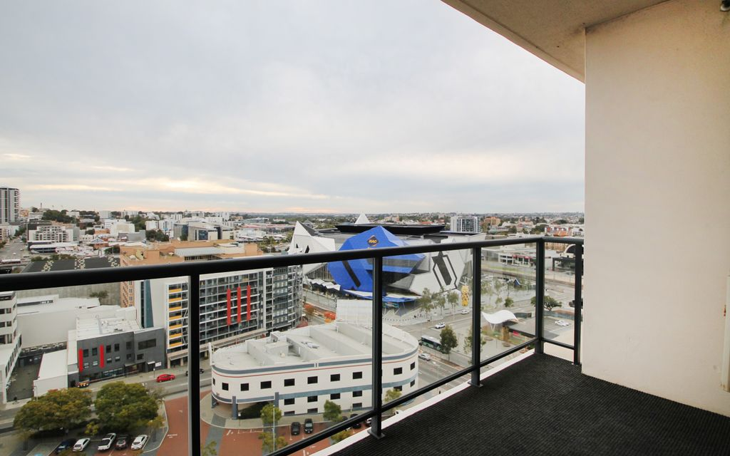 Fully Furnished Apartment with Amazing Views!