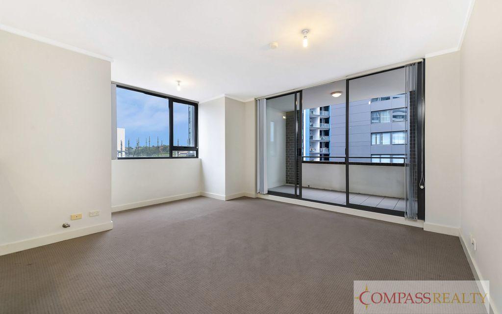 Modern 1 Bedroom Apartment @ Proximity! level 2
