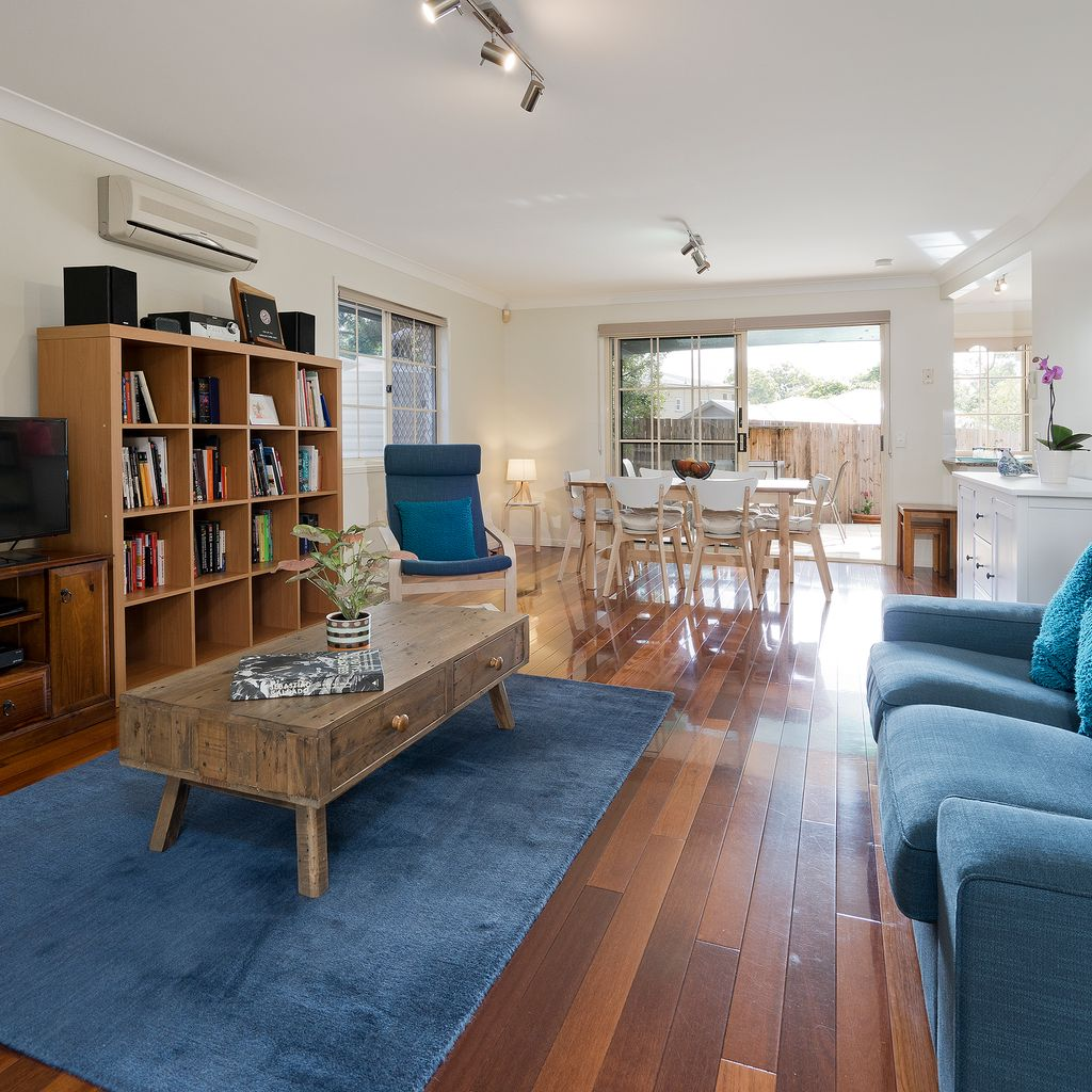 Spacious Townhouse in the Heart of Ashgrove!