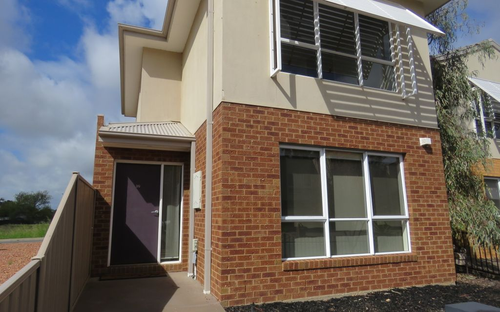 Three bedroom double storey townhouse
