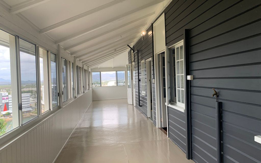 NQ Living at its best! NEWLY RENOVATED AS OF AUGUST!