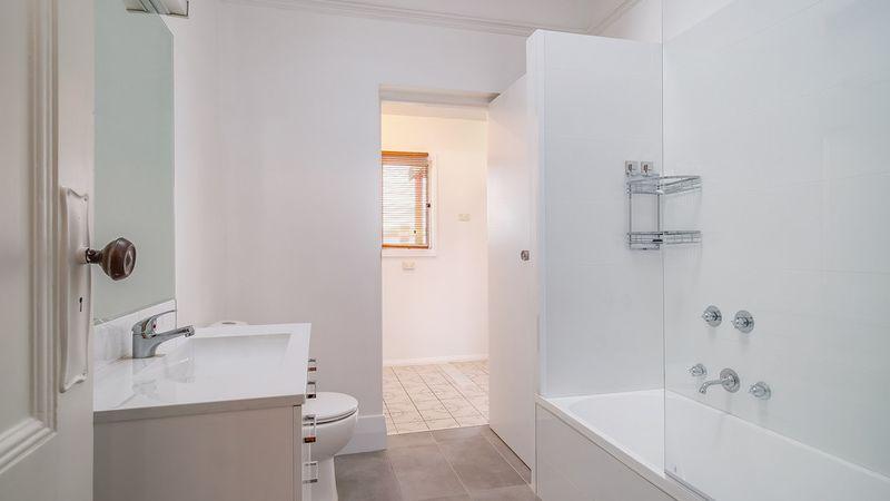 property image 1204541