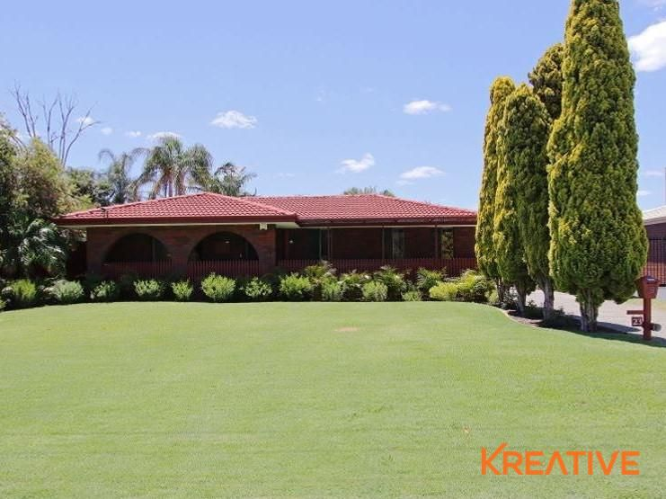 Beautiful Family Home opposite to Canning River & Parkland!