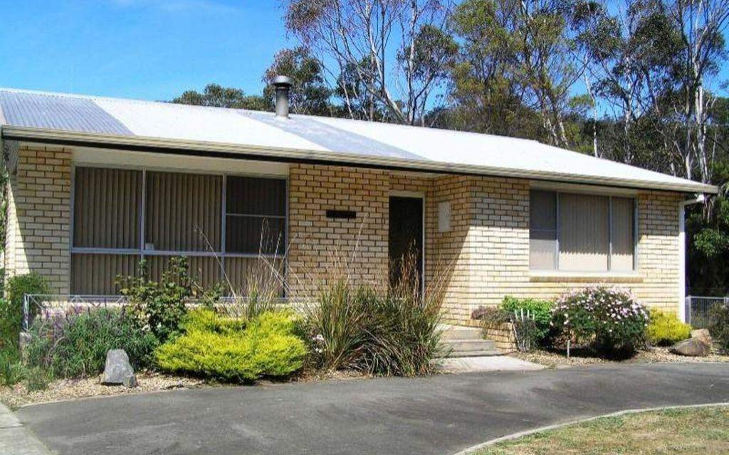 Home Plus Unit On Large Allotment