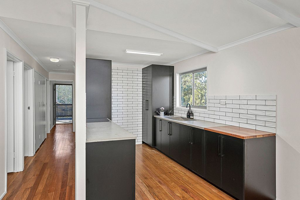 Bellbird Park Residence – Newly Renovated – Move Right In and Relax! Offers over $349,000