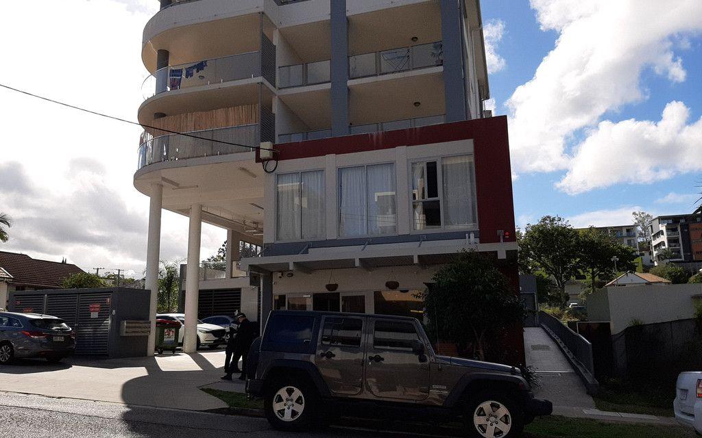 Office/ Showroom 154 m2 plus large balcony bonus