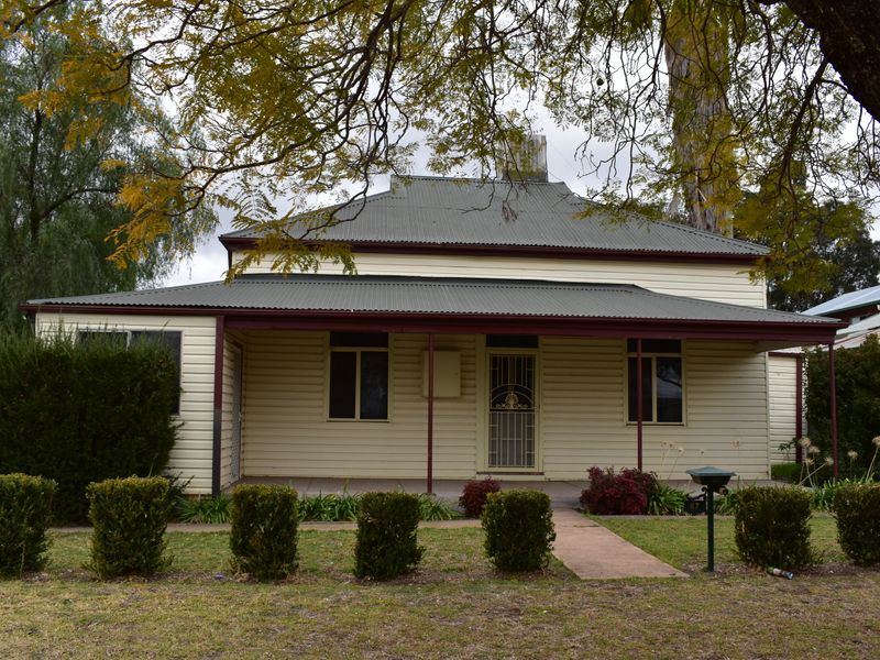 3 Bed Home close to the CBD