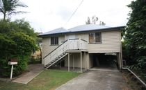 Highset home in quiet end of the street