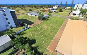 PRIME DEVELOPMENT SITE ONLY METRES FROM THE OCEAN