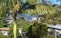3 Bedroom Home With Views - So Close To The Beach!