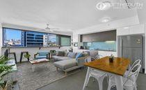 Unique Contemporary Inner City Apartment | Plus 1 week free rent