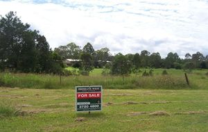 Fantastic, flat usable acreage with river access
