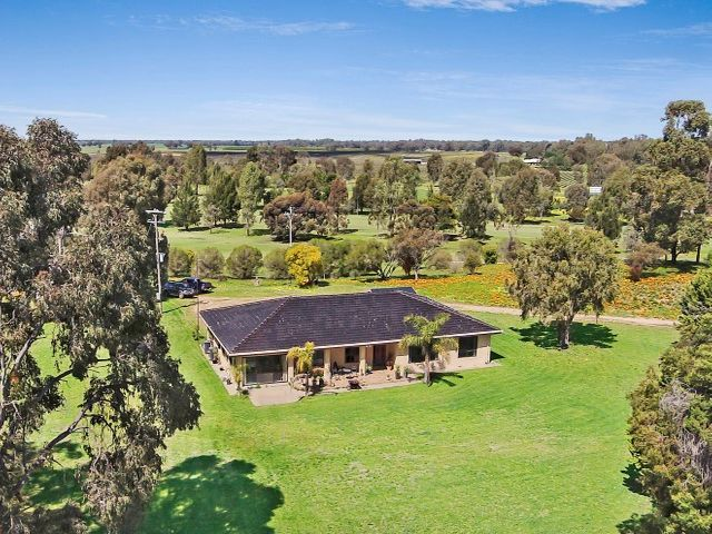 HOME ON 4 ACRES INSIDE GOLF COURSE BOUNDRY