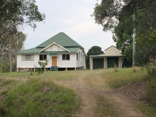 COUNTRY, BIG SHED+QUEENSLANDER. 20ACS