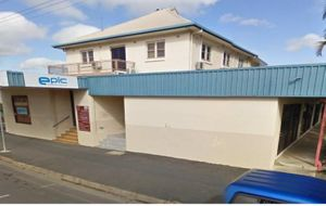 MODERN AIR CONDITIONED OFFICE ON BUSY MUSGRAVE STREET WITH AN OFF STREET CAR PARK.