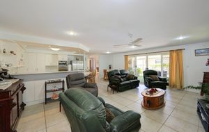 OUTSTANDING VALUE CLOSE TO RIFLE RANGE BEACH