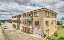 RENOVATED TWO BEDROOM UNIT IN ANNERLEY