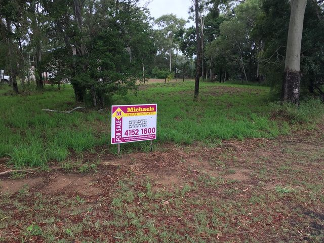 1/2 ACRE - REDUCED TO SELL!!