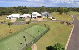GOLFING RESIDENTIAL COMMUNITY WITH POOL + TENNIS COURT + BBQ FACILITIES