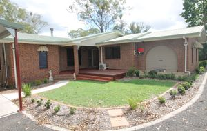 SECLUDED LIVING IN SOUTH BINGERA