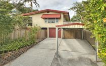 Ideal renovator - Elevated with views