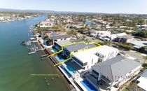 Main River Luxury Waterfront Home In Sought After Location!