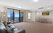 Ocean Views - One Bedroom - Central Surfers Paradise