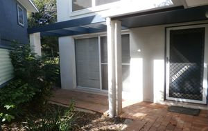 Large private unit in quiet complex 50 metres walk to the beach at Moore Park.