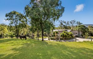 MODERN HOME, STABLES, ARENA AND 5 PADDOCKS