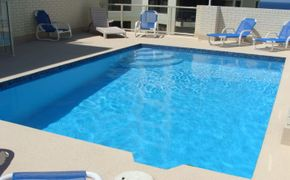 2 Bedroom Furnished Apartment in a Great Location!