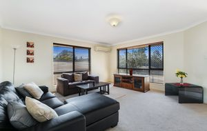 IDEAL FIRST HOME, INVESTMENT OR THOSE LOOKING TO DOWNSIZE - MOTIVATED VENDOR