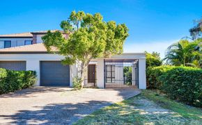 Delightful Property in sought after location.ter location.