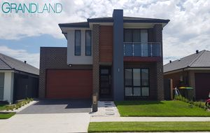 Brand New Spacious 5 Bedroom Family Home