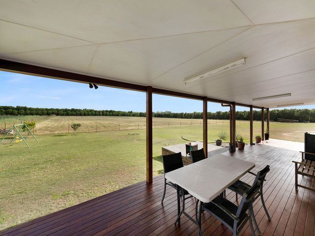 Ultimate Lifestyle Property 5 Mins From CBD!!!