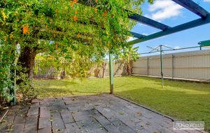Prime positioned home!