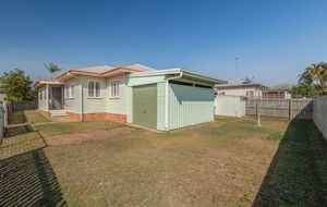 CONVENIENT LOCATION WITH AN EASY TO LOOK AFTER YARD