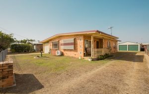 IMMACULATE PRESENTATION - 3 BEDROOMS PLUS OFFICE & SHEDS