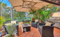 LARGE 4 BEDROOM TOWNHOUSE WITH WATER VIEWS - HEART OF ROBINA