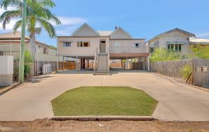 STUNNING DUPLEX. TICKS ALL OF THE BOXES FOR THE PERFECT INVESTMENT PROPERTY.