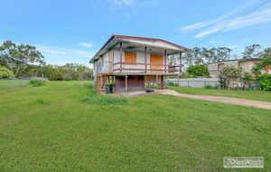 LARGE FENCED 1629m2 ALLOTMENT - FIRE DAMAGED  HIGHSET 3 BEDROOM HOME - LOUNGE - DINING ROOM - KITCHEN - GOOD HEIGHT UNDER -