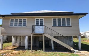 RENOVATED HIGH-SET WEATHERBOARD HOME ON A LARGE 810m2 ALLOTMENT - RENTED AT $300  pw AT POPULAR ALLENSTOWN.
